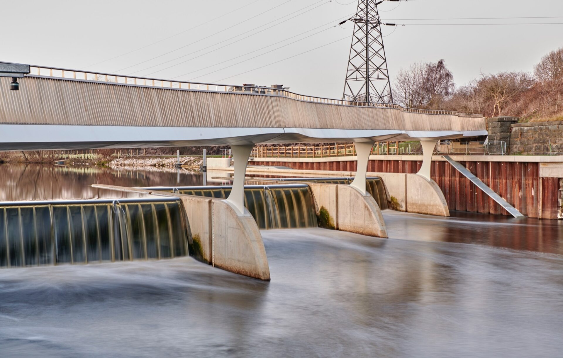 Knostrop foot and cycle bridge with water running below