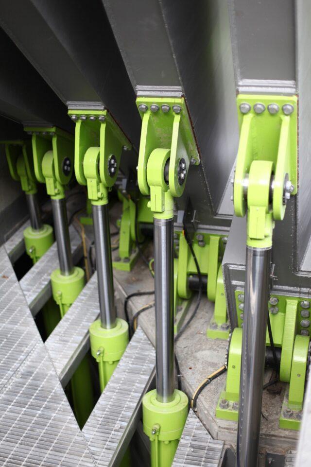 Bright green hydraulics