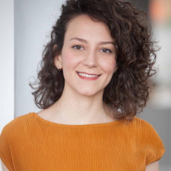Portrait image of Ana Lara, Associate
