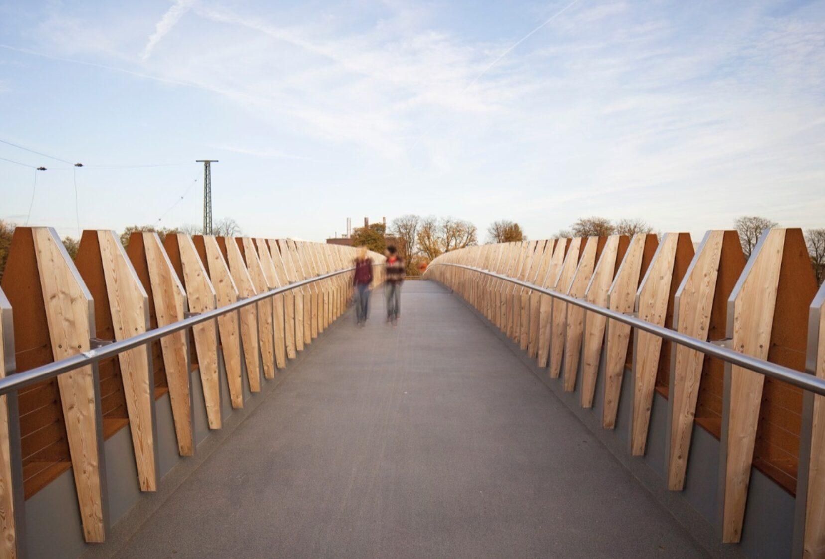 Deck view on bridge with parapet details each side